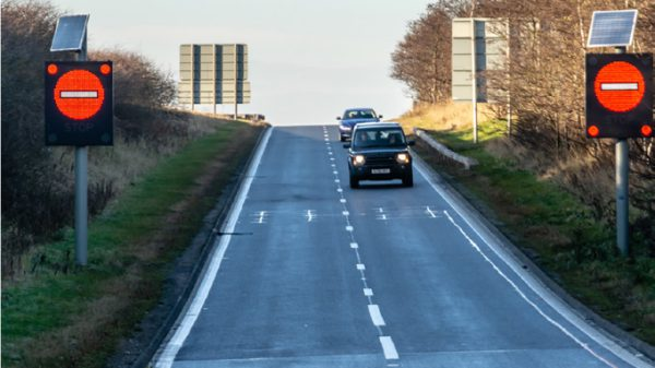 Preventing accidents by informing road users they are driving the wrong way 1