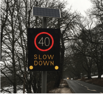 Alerting drivers to adjust their speed through dynamic signage 2